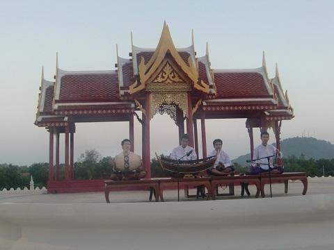 การแสดงดนตรีไทย