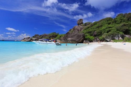 ชายหาดเกาะสิมิลัน